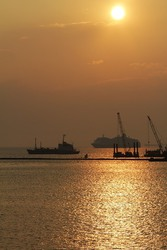 Участок с морским причалом в Одессе - 20 га.